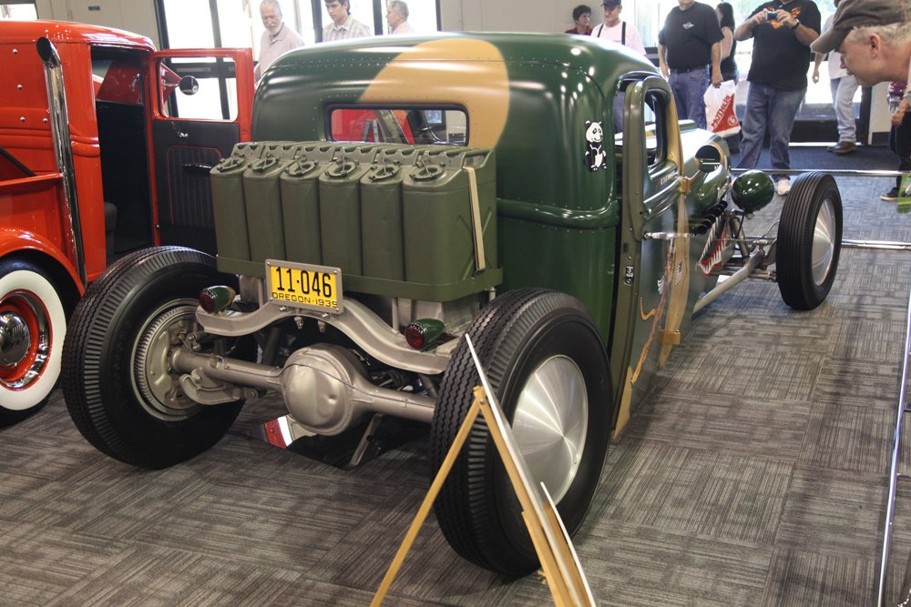 grand_national_roadster_show_2012-401