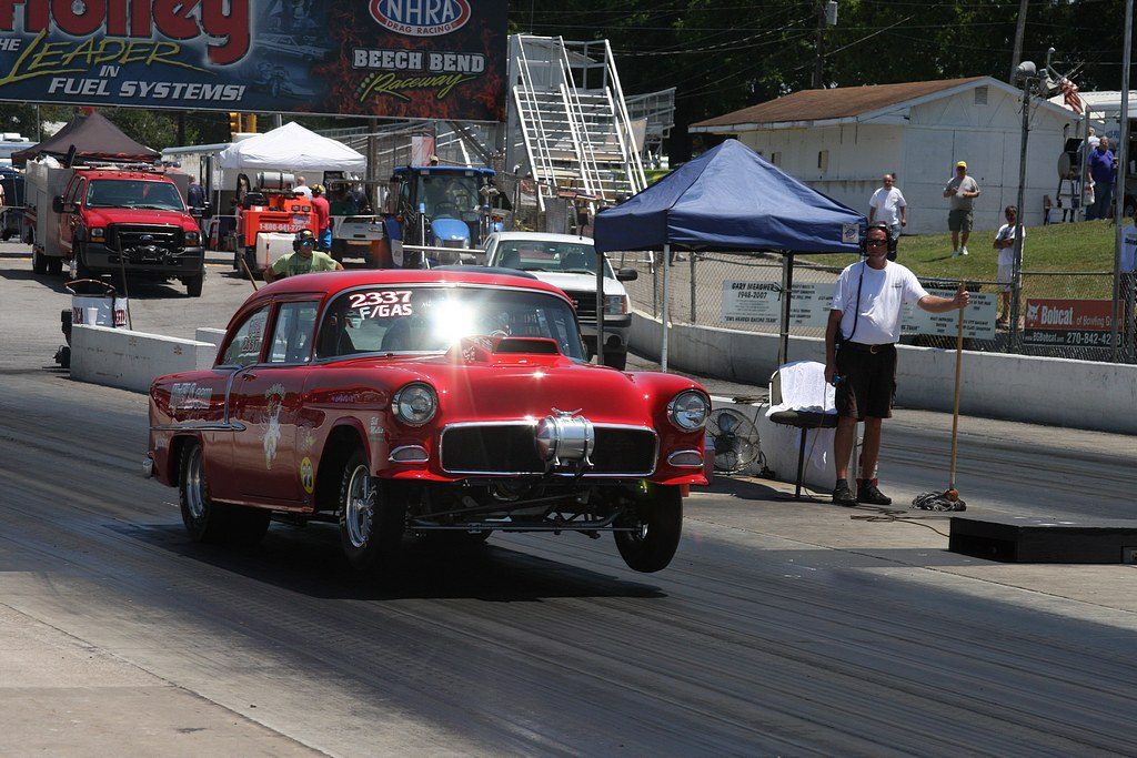 2012_nhra_holley_national_hot_rod_reunion_thursday_wheelies42