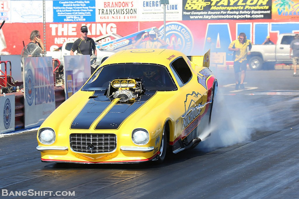 funny_cars_nhra_california_hot_rod_reunion_2012_bakersfield_01