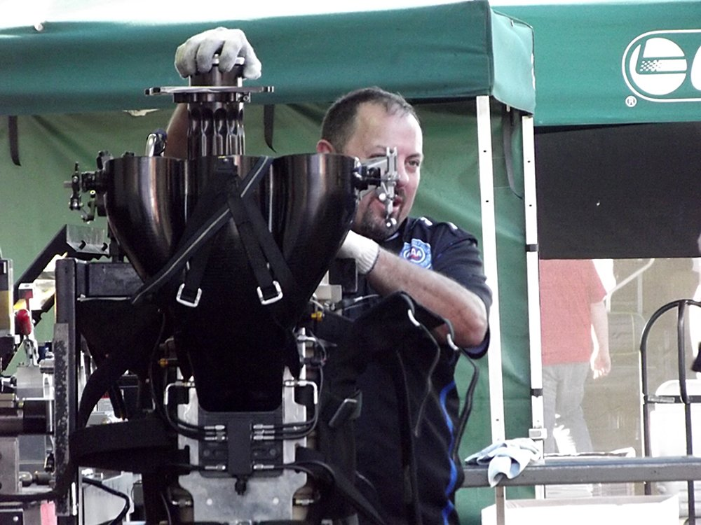 nhra-winternationals-behind-the-scenes-2012-049