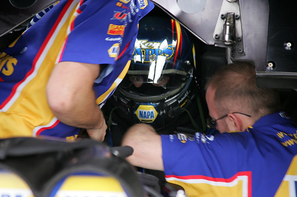 nhra-winternationals-behind-the-scenes-sunday-2012-077