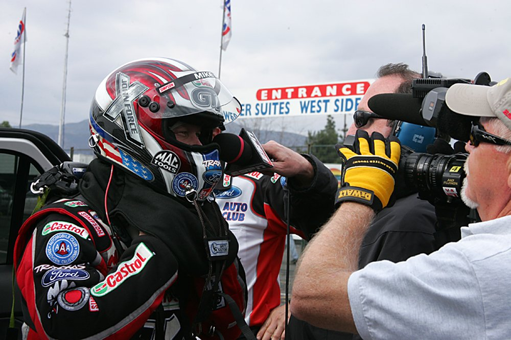 nhra-winternationals-behind-the-scenes-sunday-2012-079