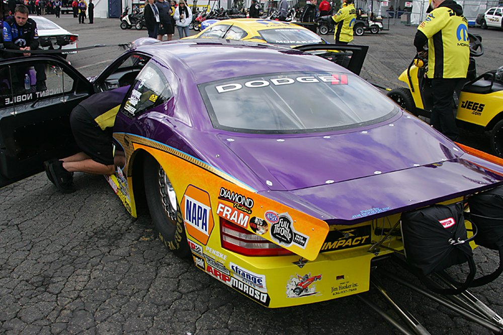 nhra-winternationals-behind-the-scenes-sunday-2012-101