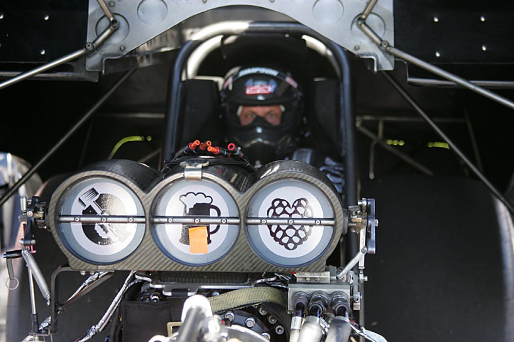 nhra-winternationals-pro-stock-top-fuel-funny-car-2012-039