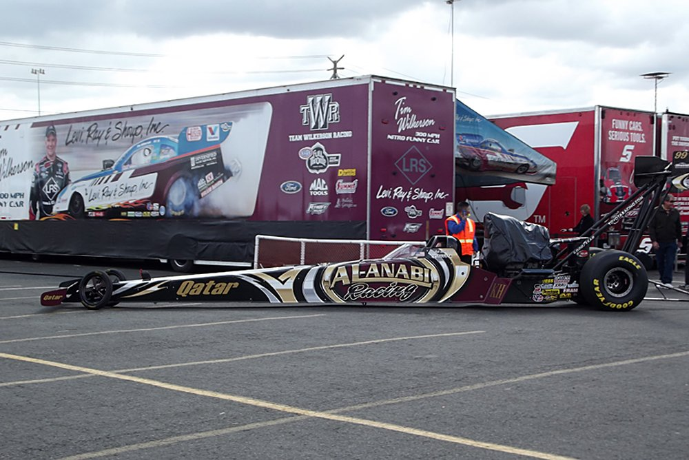 nhra-winternationals-behind-the-scenes-saturday-2012-001