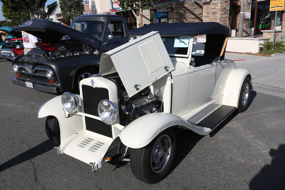 seal_beach_classic_car_show_2012-010