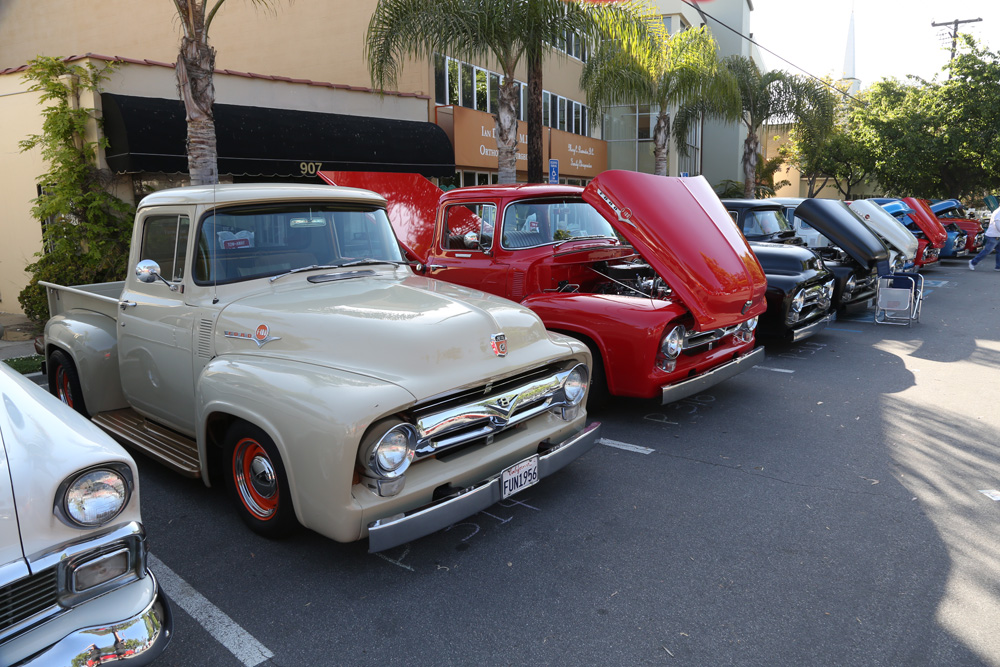 seal_beach_classic_car_show_2012-061