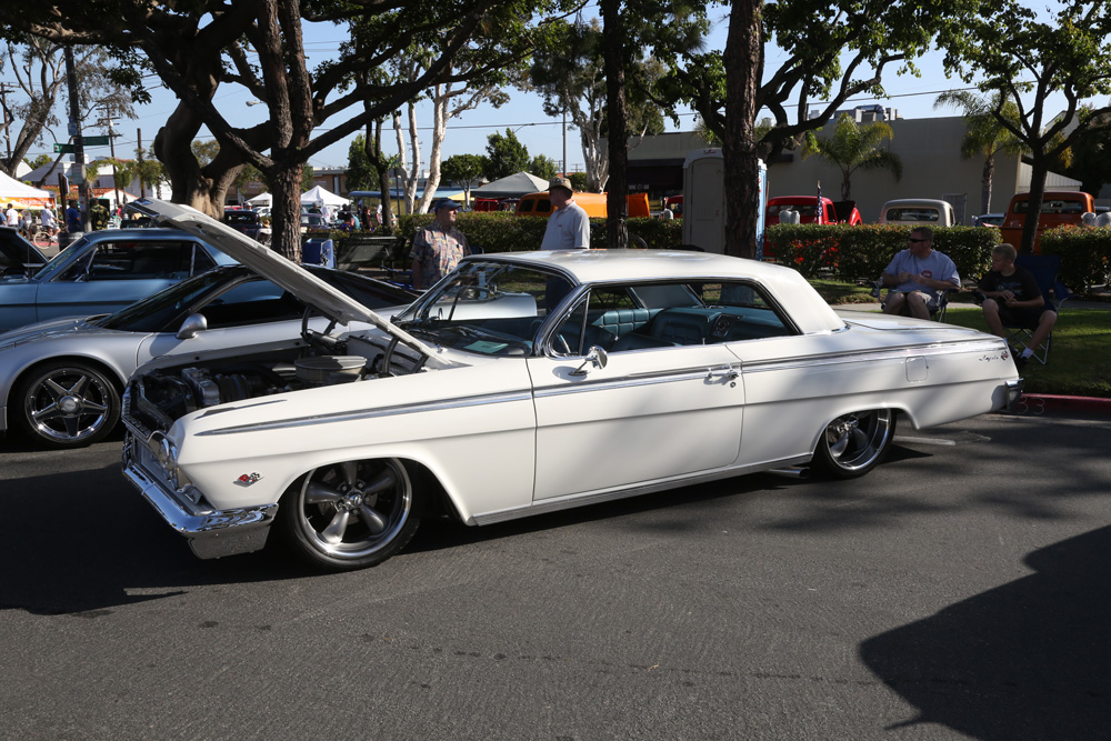 seal_beach_classic_car_show_2012-077