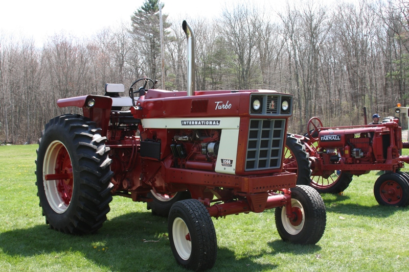 Antique Tractor Shows : Bangshift neatta antique tractor show and pull gallery