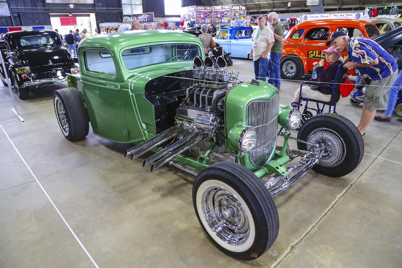 2014 Grand National Roadster Show – Suede Palace