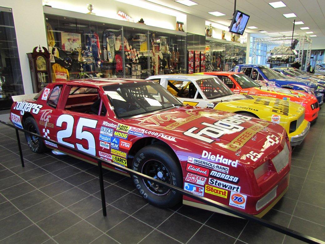 Hendrick motorsports for Hendrick motors used cars