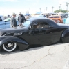 Mooneyes XMas Show and Drags Irwindale 2017-335