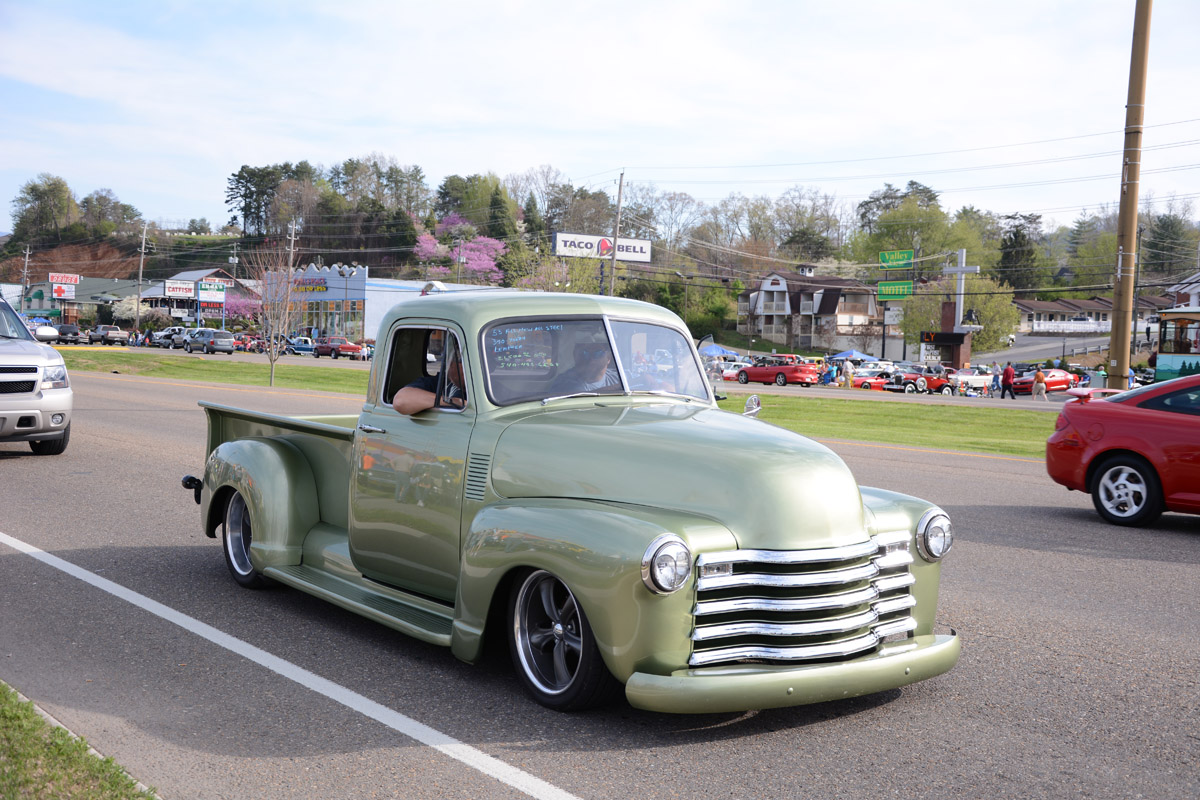 Spring 2014 Pigeon Forge Rod Run