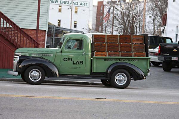 '42 Chevy beer truck