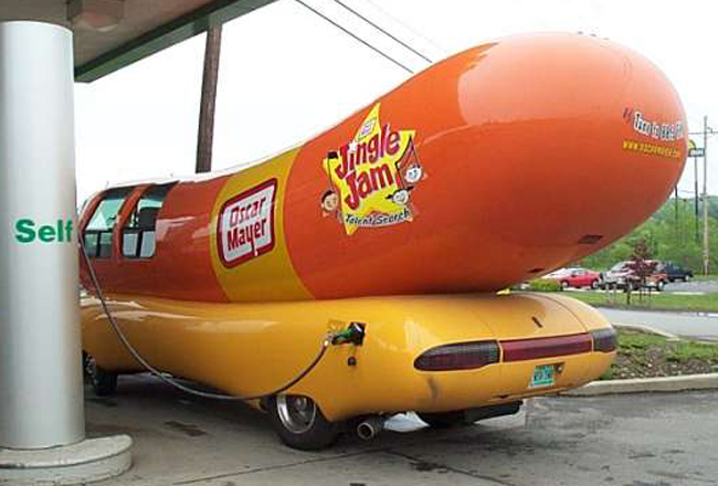 Oscar mayer weiner mobile banana for scale as well Wienermobile clinic007 together with YW1lcmljYW4gd2VpbmVyIGZvb2QgdHJ1Y2s further Showthread additionally C ing Car Insolite Special Bizzare. on oscar meyer weiner truck