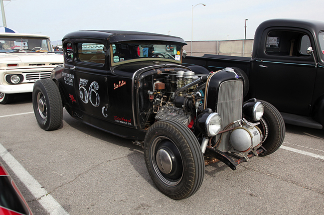 '32 Ford 5 window coupe