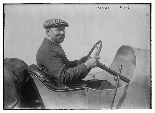 Rene Thomas in a 1914 Delage that won the Indy 500