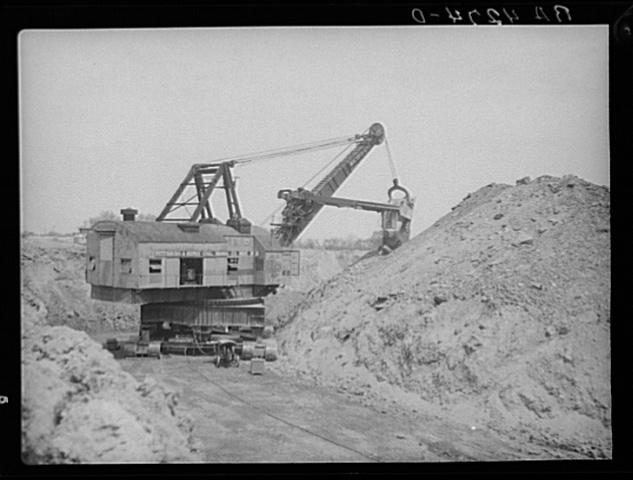 Huge mining shovel
