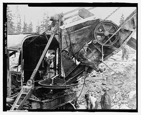 Steam shovel men on break