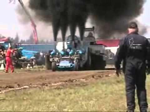 BangShift com 4800hp diesel pulling tractor
