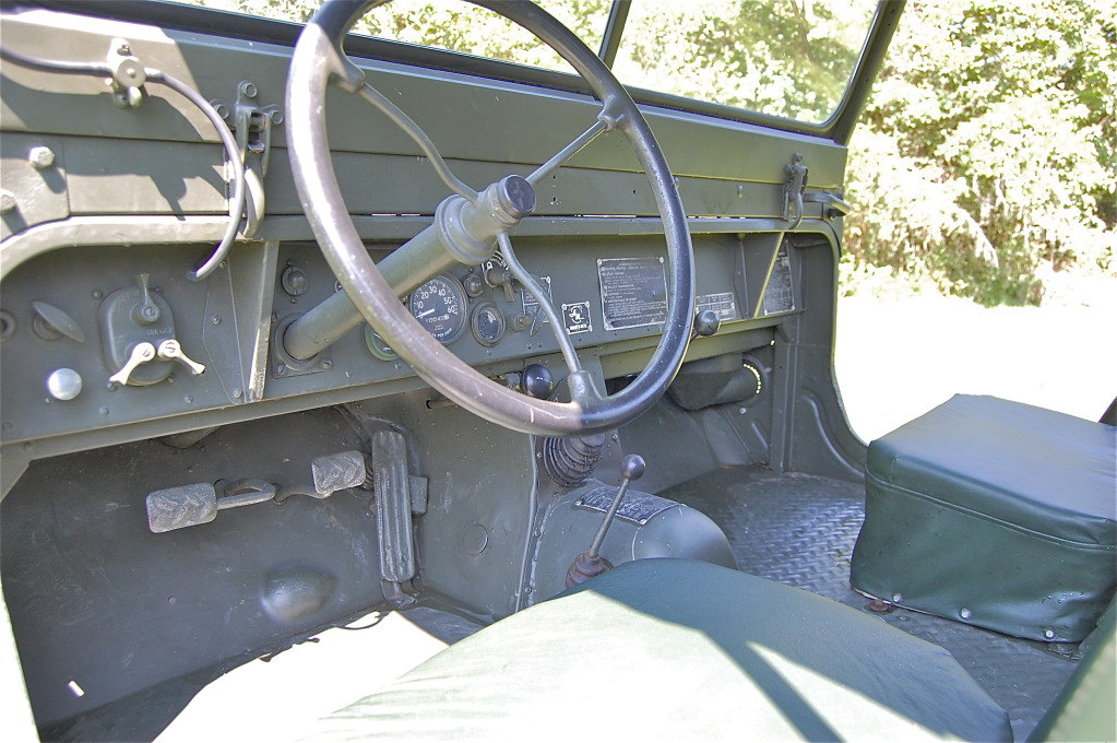 ebay find an amc m422 mighty mite the gnarly mini jeep you never knew existed. Black Bedroom Furniture Sets. Home Design Ideas