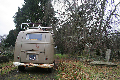 Not Surprisingly The Weirdest Automotive CraigsList Ad Ever Is For a VW Van (Bus Transporter)