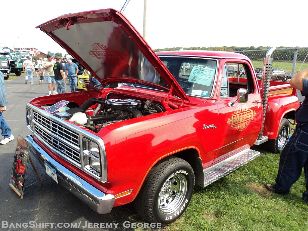 Show Gallery: The 2012 Endless Mountain Antique Truck Show – Hartford, Connecticut