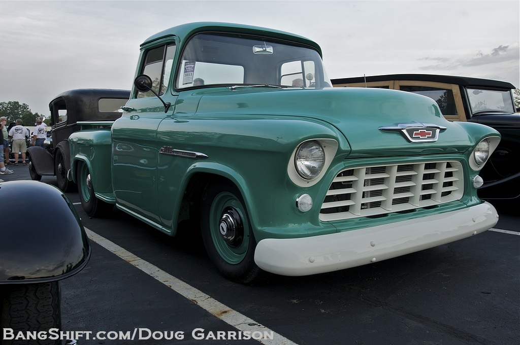 Classic Trucks At Goodguys Columbus 2012 – Chevys, Fords, Even A Classic Van or Two!