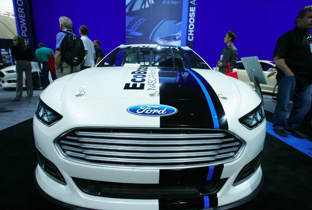 Bangshift Sema 2012 Does My Nose Look Big 2013 Ford Fusion