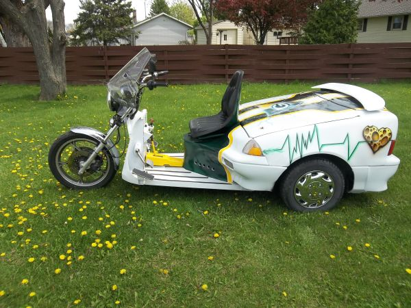 craigslist find what happens when a geo metro mates with a motorcycle in. Black Bedroom Furniture Sets. Home Design Ideas