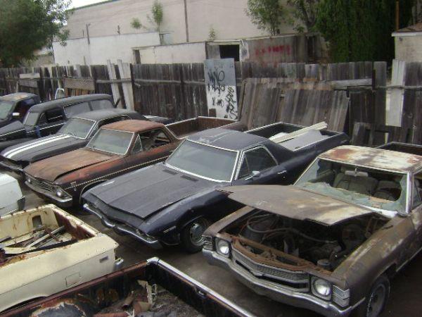 craigslist motherload a junkyard owner is selling 40 cool cars in california. Black Bedroom Furniture Sets. Home Design Ideas