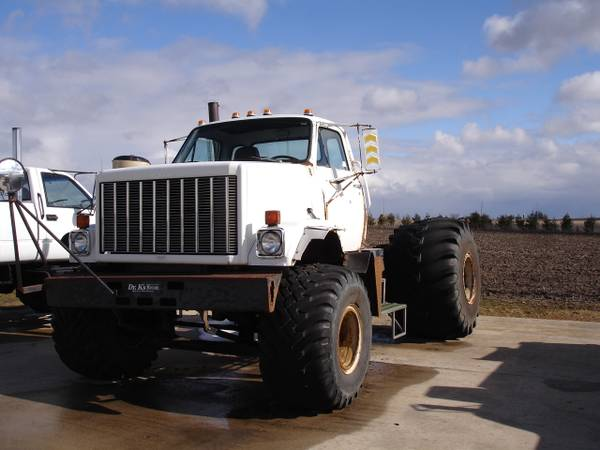 craigslist find a detroit diesel powered gmc farm truck that would make an epic. Black Bedroom Furniture Sets. Home Design Ideas