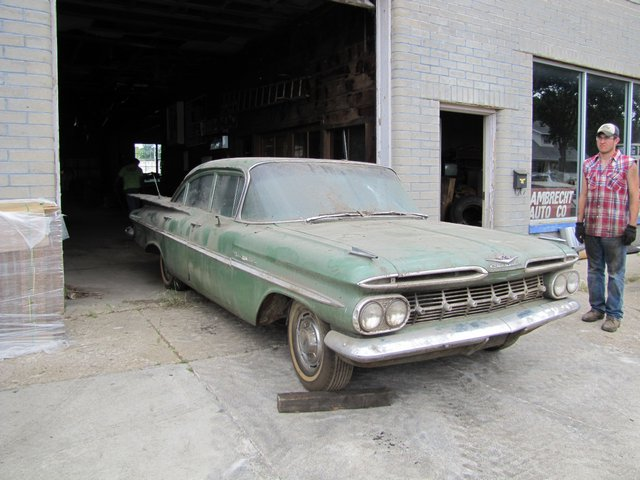Auction Insanity: Ray P. Lambrecht Collection 500 Cars From An Old Car Dealer In Nebraska – Trade Ins, Never Sold New Cars, More!