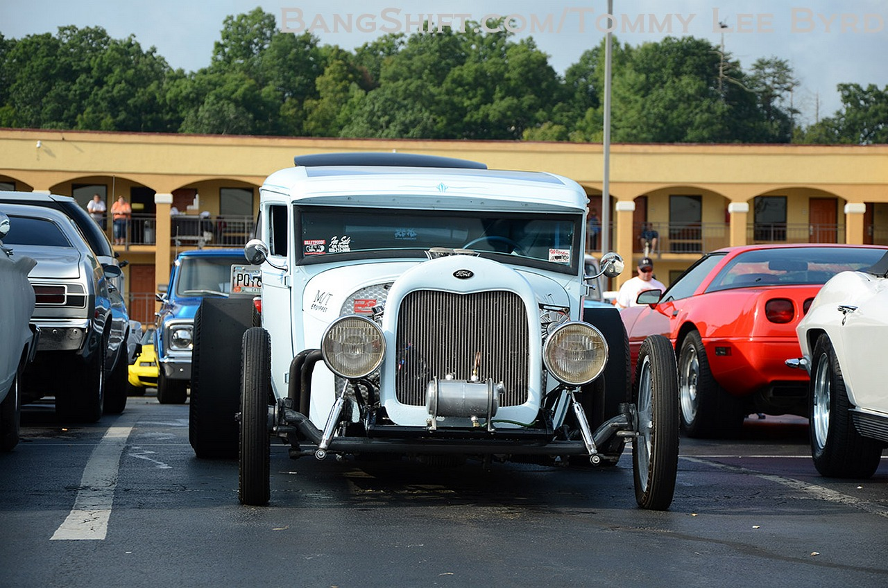 The Fall Pigeon Forge Rod Run Photos! Thousands of Hot Rods Packed into a Tourist Town