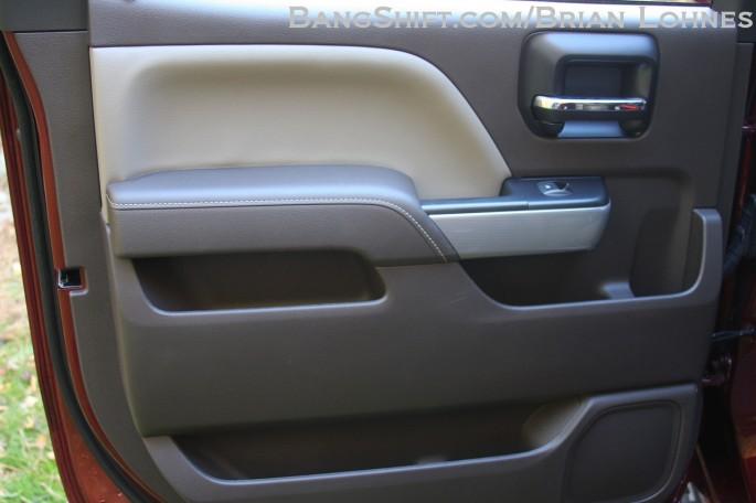 Gm Recalls 303000 New Chevy Silverado Gmc Sierra Pickups ...