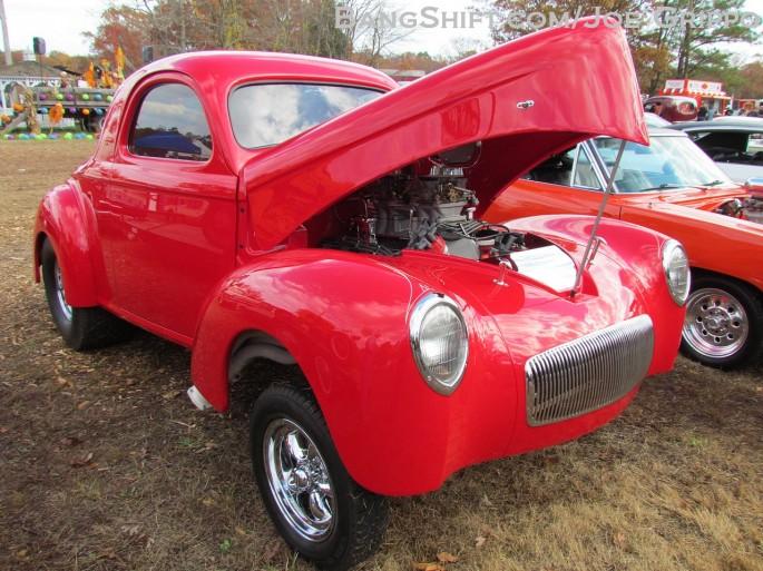 Flemings_junkyard_pumpkin_run_2013_hot_rods_junk_cars_trucks_tractors214