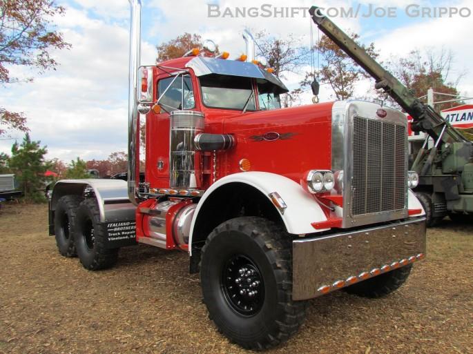 Flemings_junkyard_pumpkin_run_2013_hot_rods_junk_cars_trucks_tractors219