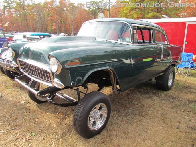 Flemings_junkyard_pumpkin_run_2013_hot_rods_junk_cars_trucks_tractors366