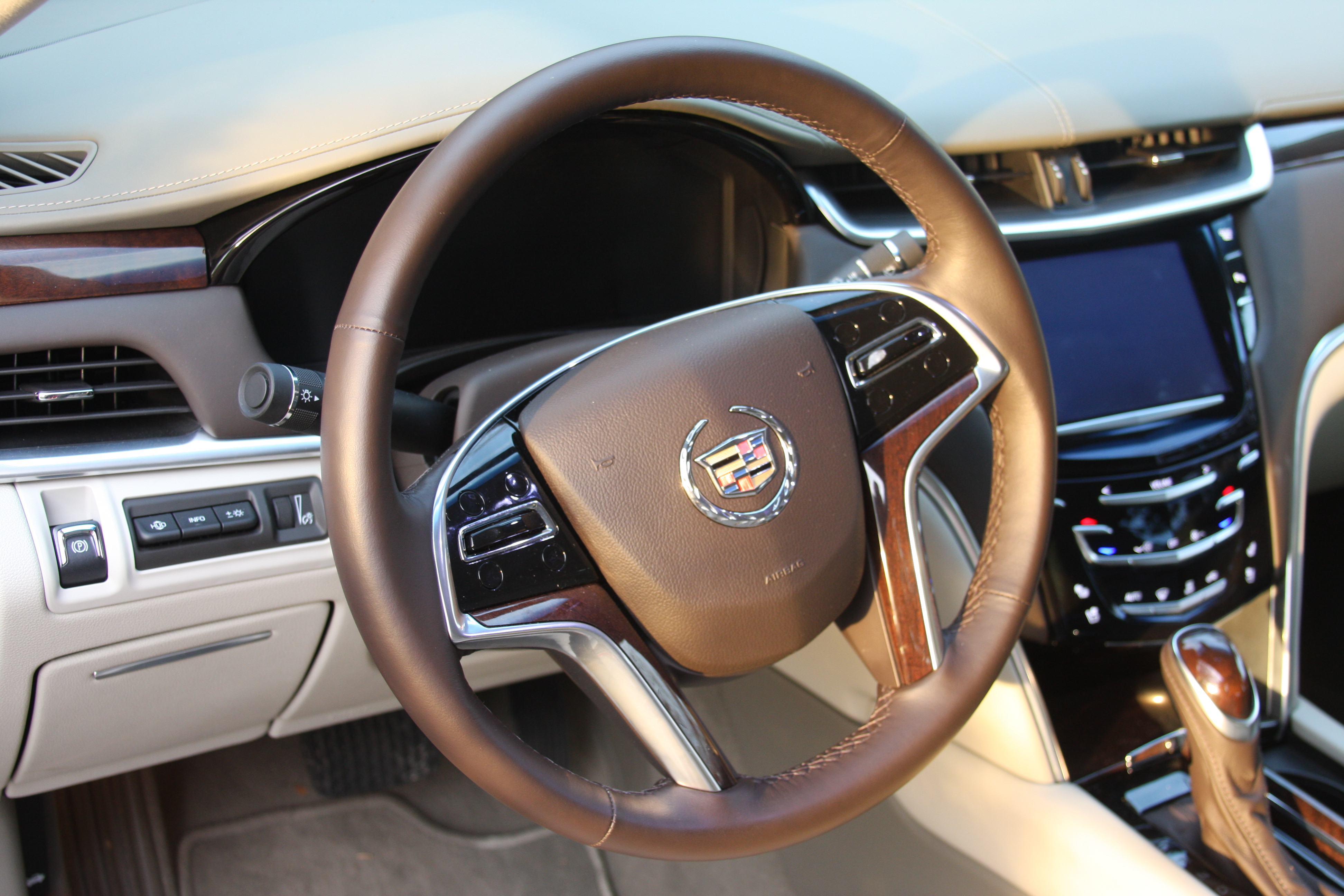 content pressroom detail united galleries us pages cadillac en states xts photos vehicles vsport v media