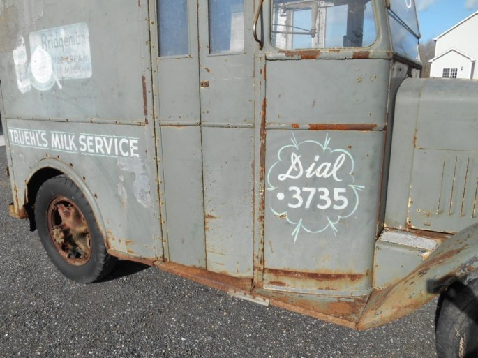 milk truck3