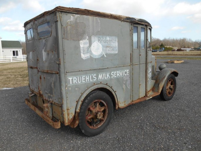 milk truck4
