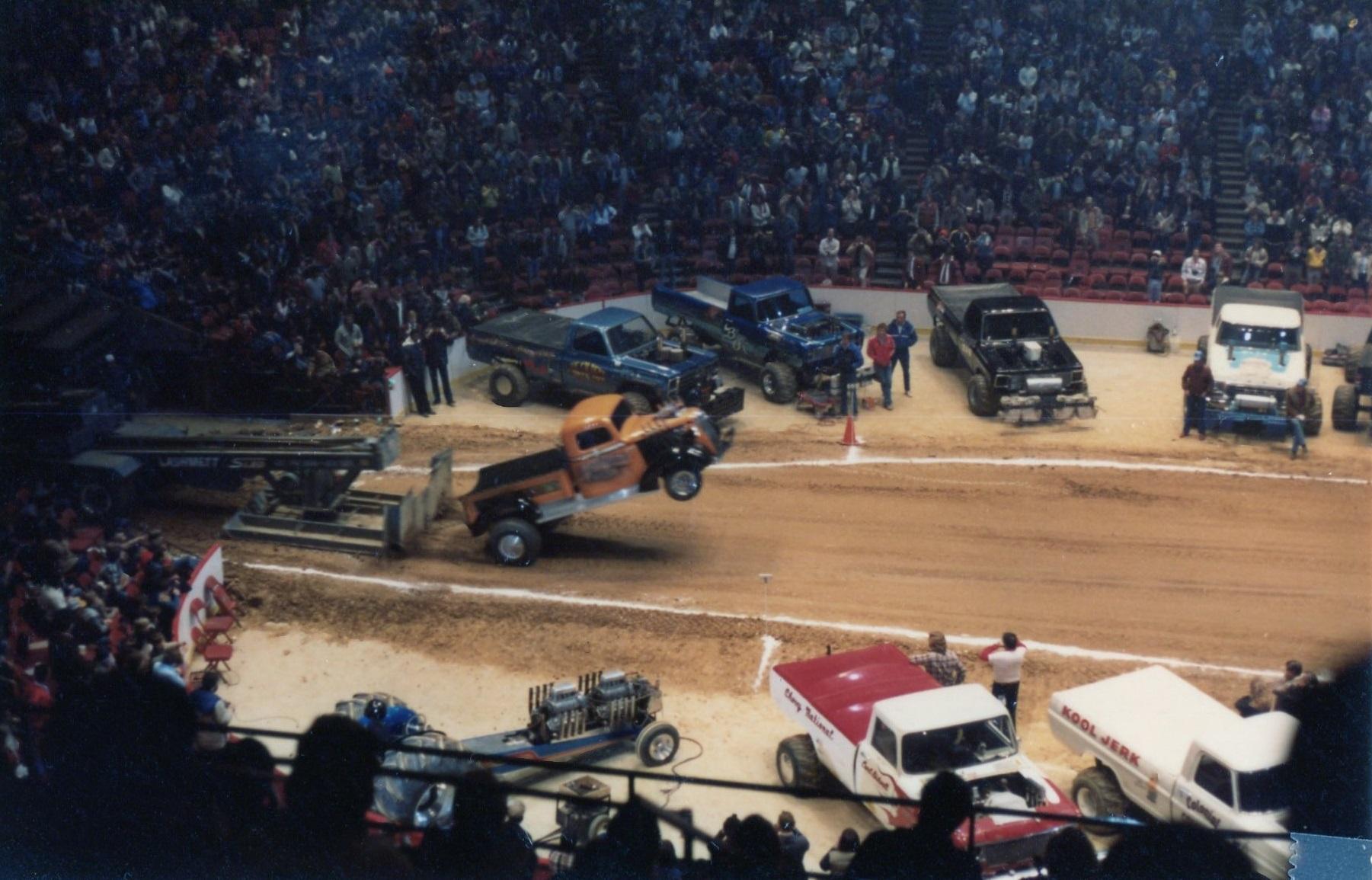 Craigslist Com Philadelphia >> BangShift.com ushra monster trucks