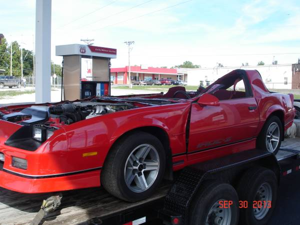CL Find: Would You Buy A Decapitated 1987 IROC Camaro For $6,000?