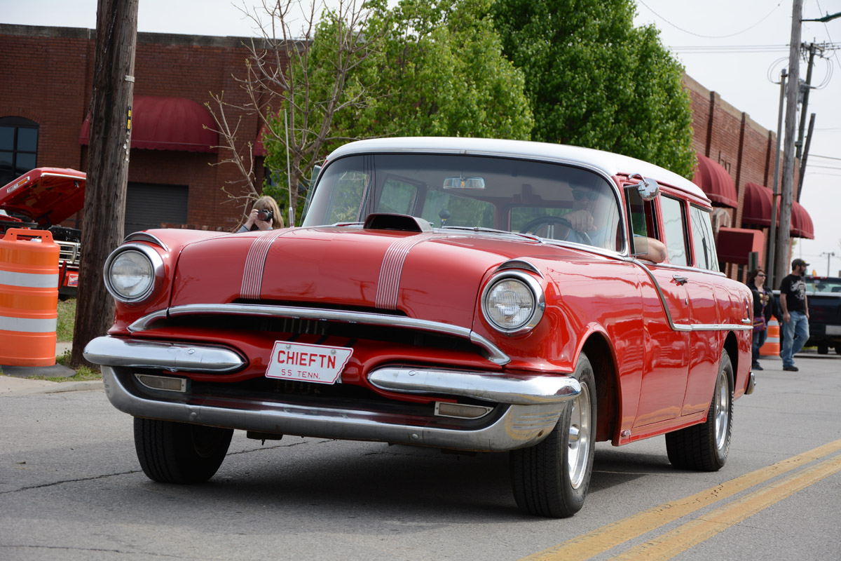 Spring 2014 Chattanooga Cruise In—More Than A Thousand Cars Take Over Corkyville