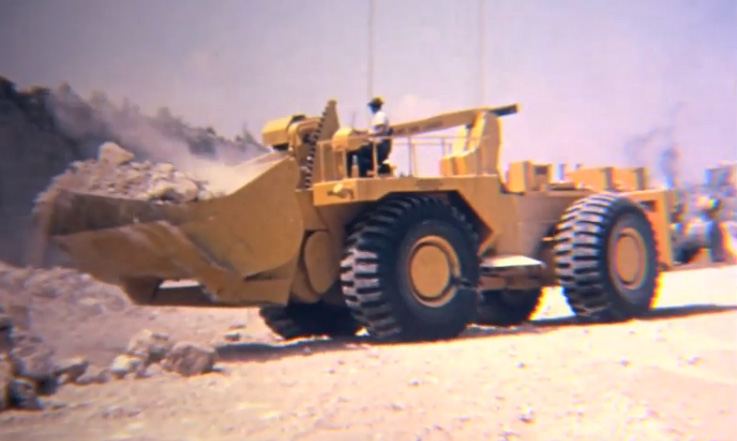 Video Of A Massive, Pre-Hydraulic LeTourneau Front End Loader Is Yellow Poetry In Motion