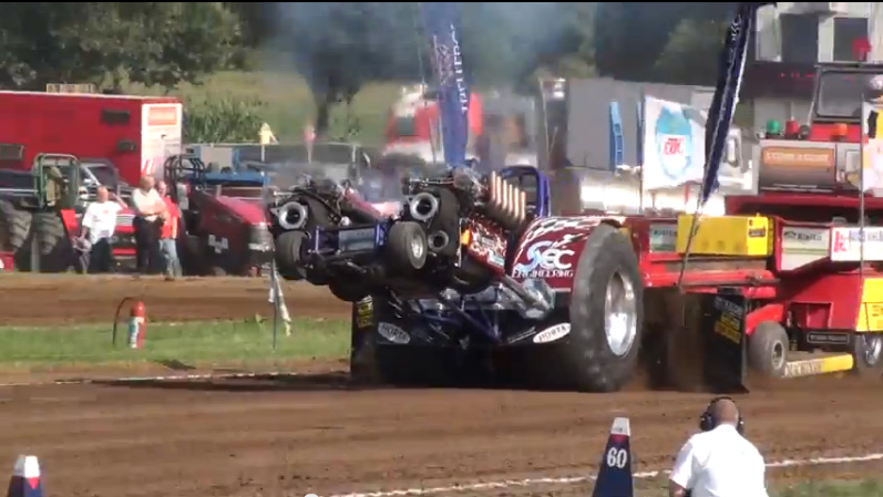 Watch This Twin Tank Engined Pulling Tractor Make A Full Pull With The Wheels Up Like A Boss