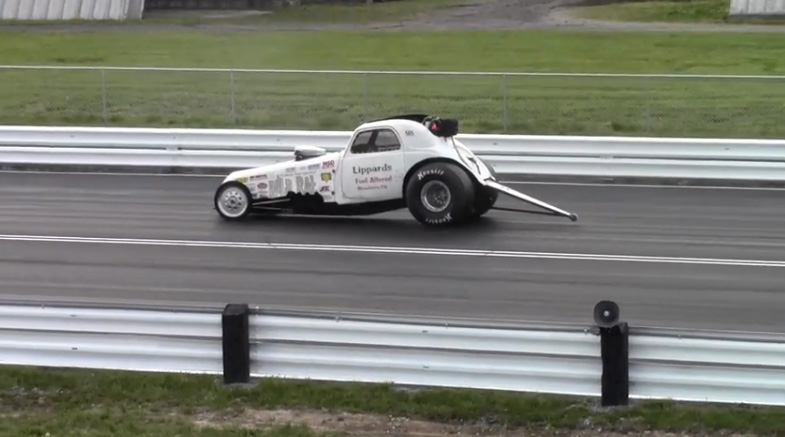 The Wild Rat Injected Fuel Altered Runs A Big Block Chevy, 100% Nitro, Doesn't Do Burnouts And Hauls (Video)