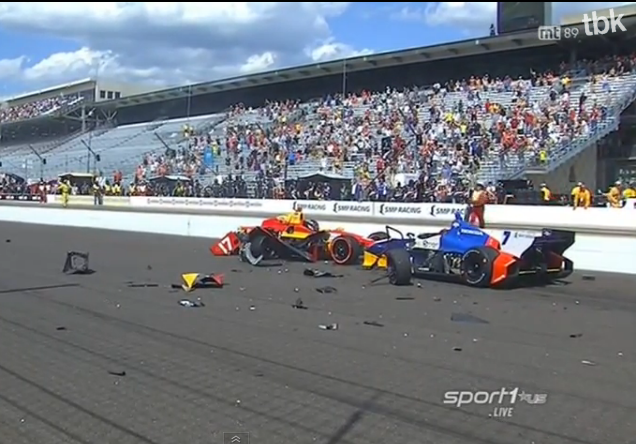 First Indianapolis Grand Prix Begins With Massive Wreckage – Starting Line Destruction (Video)