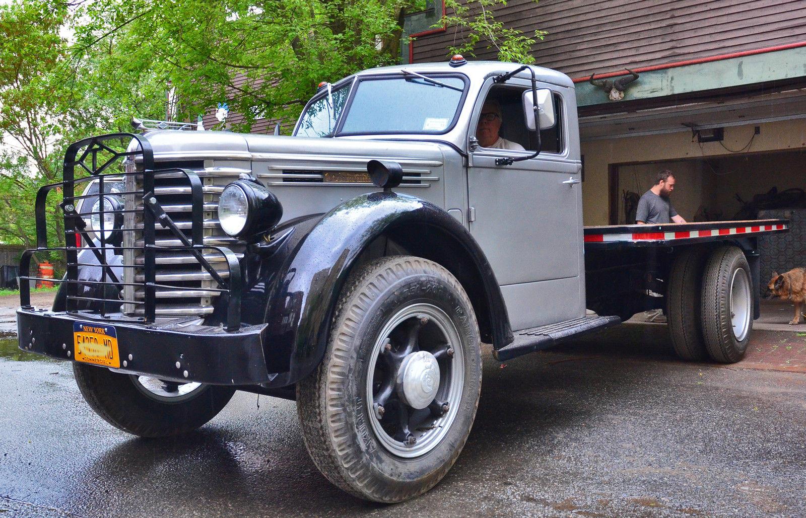 1949 Diamond T 306 Truck