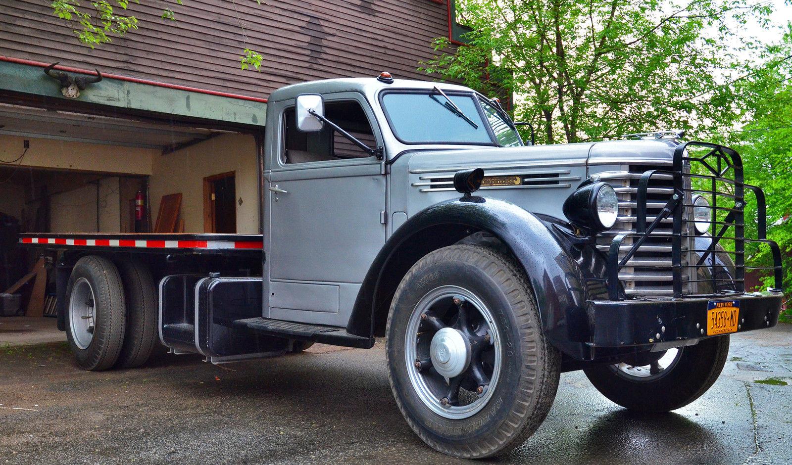 diamond reo truck models